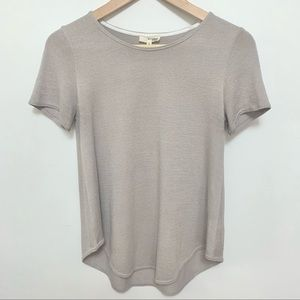 2/$20 Aritzia Wilfred Free Taupe Short Sleeve Top